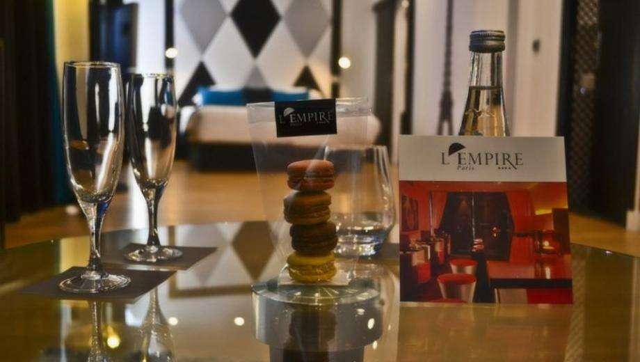 The exceptional Room Service of L'Empire Paris