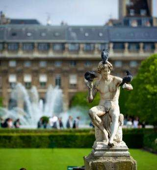 Jardin du Palais Royal and Buren Columns: 2 jewels